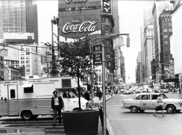 Max Neuhaus (foreground) - Times Square (1977)